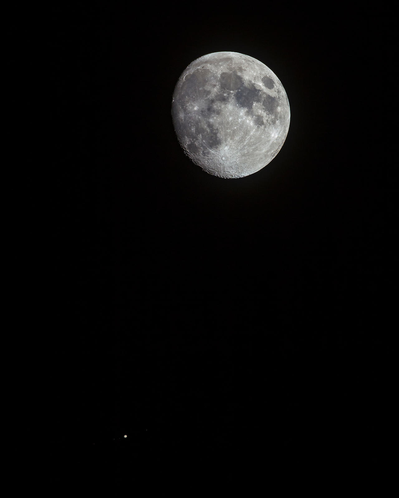 Moon and Jupiter with its four Galilean moons on May 8 2017.