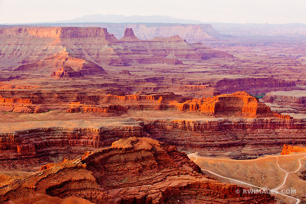 SUNRISE DEAD HORSE POINT STATE PARK UTAH CANYONLANDS NATIONAL PARK UTAH COLOR HORIZINTAL