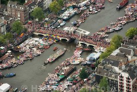 Amsterdam - Luchtfoto Canal Parade 17