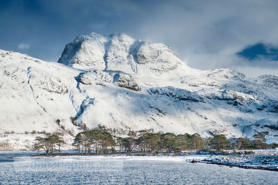 BP229B - Slioch, from Loch Maree, Winter