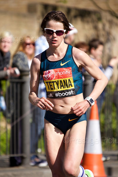 Tetyana Gamera-Shmyrko (7th) of Ukraine Running in the  Elite Womens Event at the 2014 Virgin London Marathon