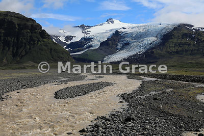 Glacial meltwater and landscape of Skaftafell National Park, from Road 1 at 16º51' W, Austurland (Eastern Region, East Icelan...