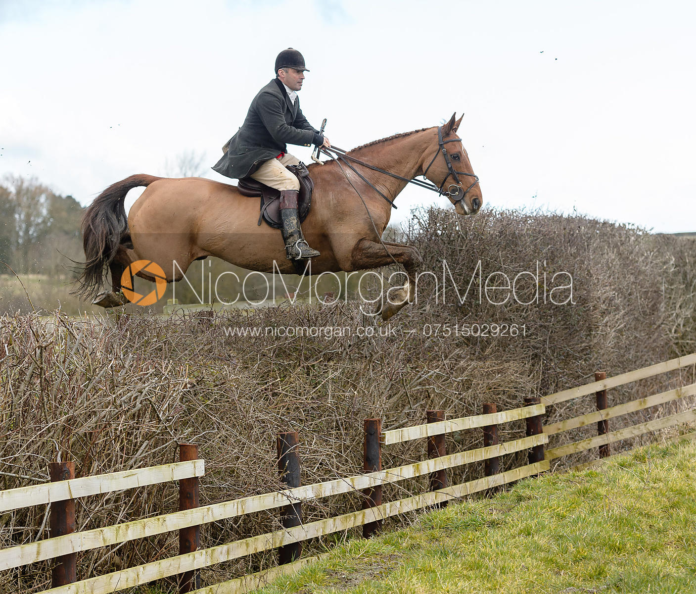 Stephen Swiers jumping a fence at Burrough House