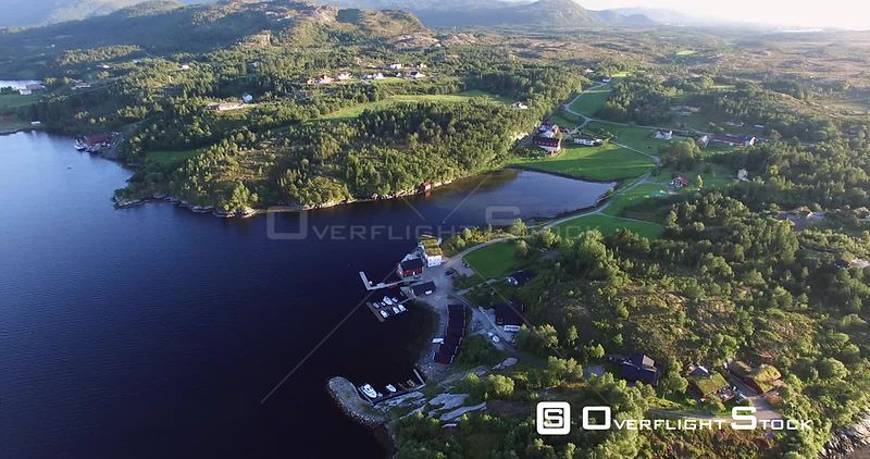 Rural Tourist Resort on a Lake in Norway