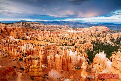 Tramonto al Bryce Canyon National Park, Utah, USA