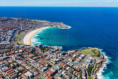 Bondi Beach From Mackenzies Point