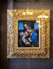 Madonna Litta, tempera on canvas, by Leonardo da Vinci in the Hermitage Museum; Saint Petersburg, Russian Federation