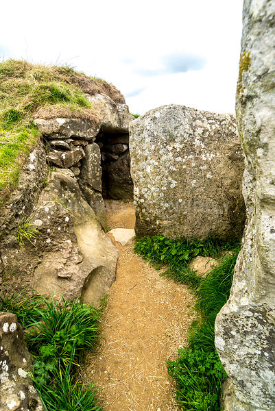 West Kennet Long Barrow, Tomb Entrance- Near Avebury Henge