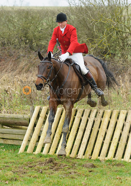 Nicholas Leeming jumping the hunt jumps at Peake's Covert