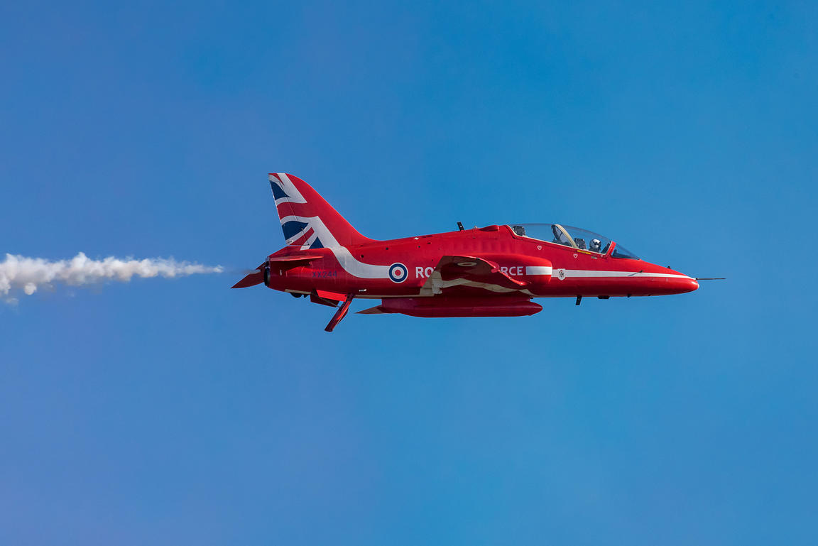 Red Arrow Hawk white smoke on
