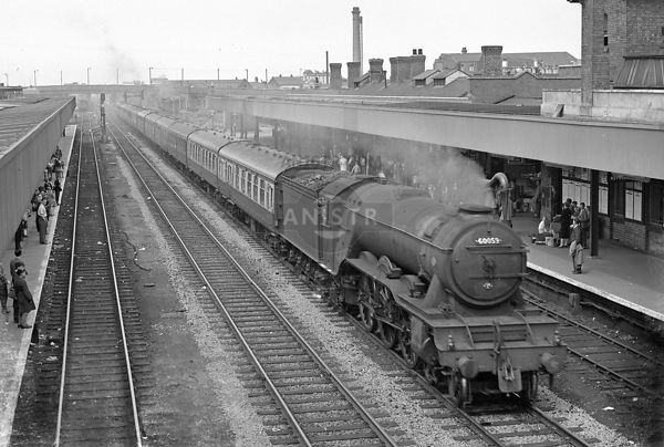 Steam loco A3 60059 Doncaster