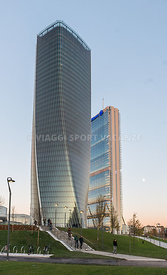 Hadid-Isozaki-Towers-1