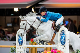 Zurich, Switzerland, 26.1.2018, Sport, Reitsport, Mercedes-Benz CSI Zurich - Longines Grand Prix. Bild zeigt Luciana DINIZ (POR) riding ISABEAU...26/01/18, Zurich, Switzerland, Sport, Equestrian sport Mercedes-Benz CSI Zurich - Longines Grand Prix. Image shows Luciana DINIZ (POR) riding ISABEAU.