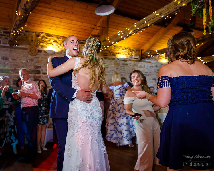 Woodlane Countryside Centre Wedding Photos - Fran & Ross - June 2018 photos