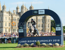 Oliver Townend and BALLAGHMOR CLASS, cross country phase, Land Rover Burghley Horse Trials 2018