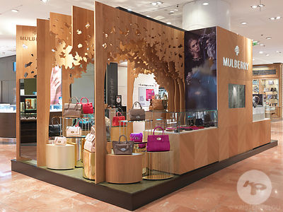 Retail architecture photographer - Mulberry Pop Up store, Galleries Lafayette, Paris France - Photo ©Kristen Pelou