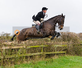 Martin Reason jumping at Stone Lodge Farm - The Cottesmore Hunt at Tilton on the Hill, 9-11-13