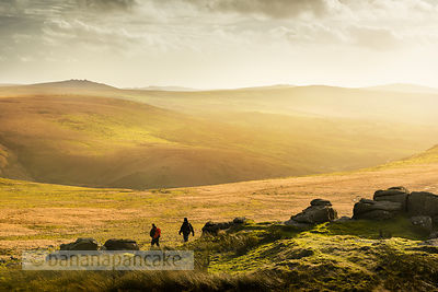 BP4080 - Walkers on Hare Tor, Dartmoor