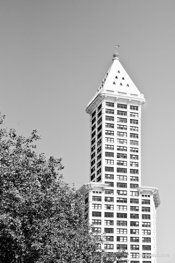 SMITH TOWER HISTORIC DISTRICT SEATTLE BLACK AND WHITE