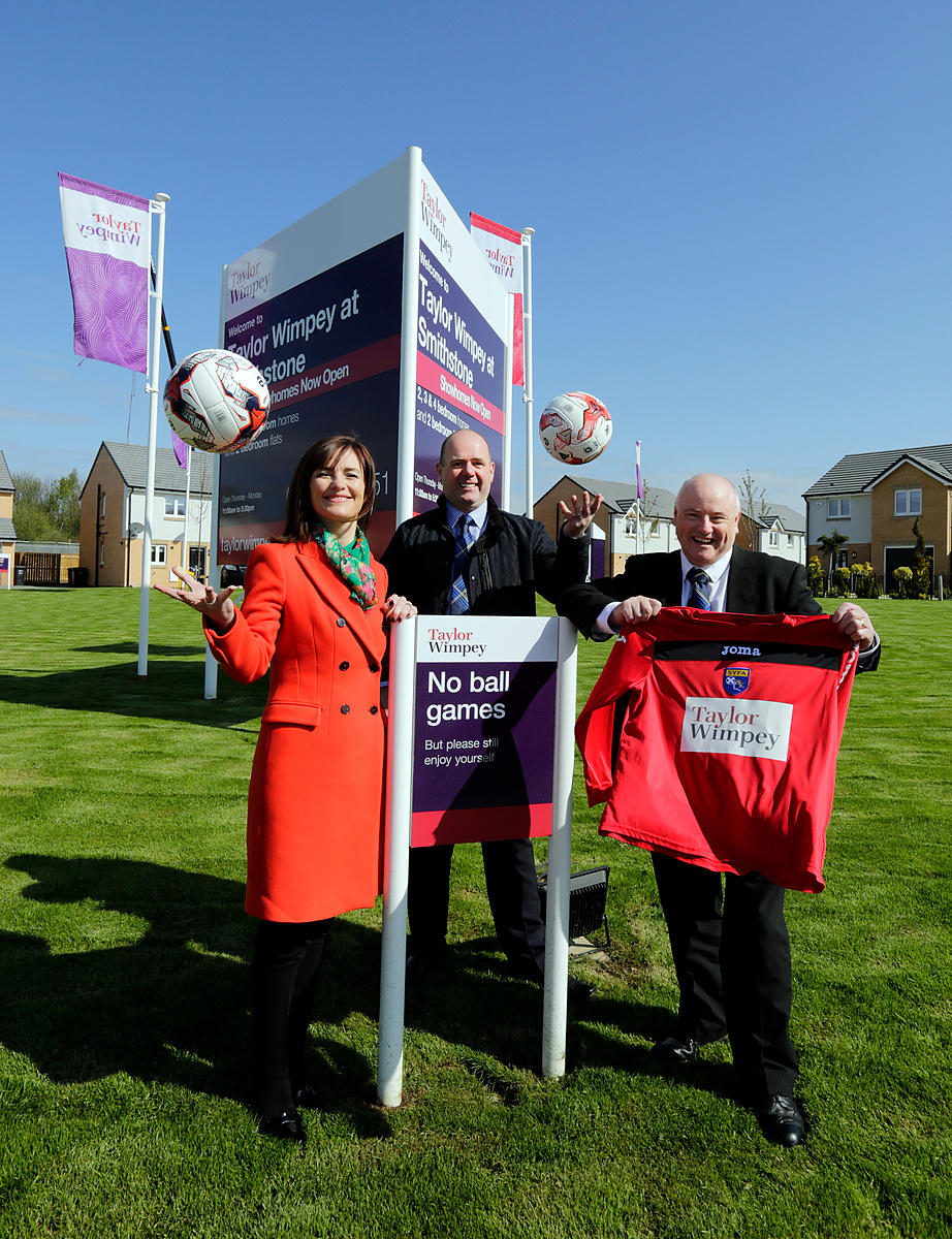 Taylor Wimpey Smithstone development, Croy..8.5.15.TW Sales and Marketing Director Audrey Ross pictured with John McCrimmond ...