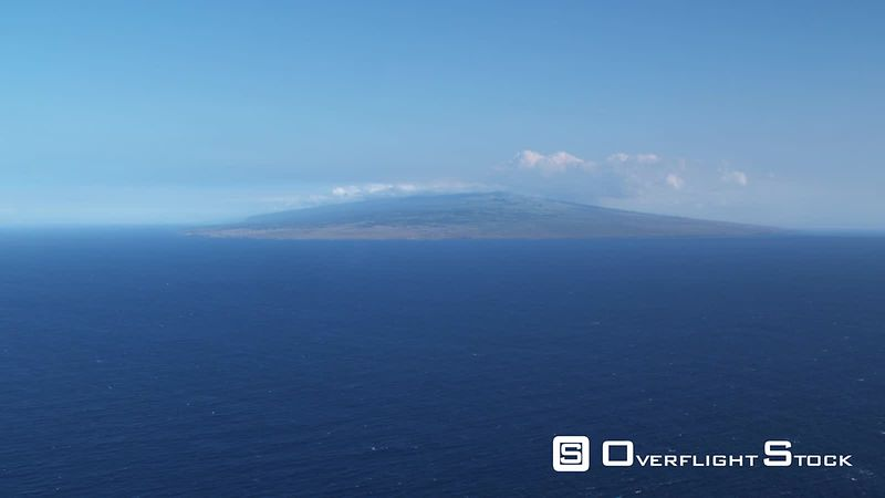 Crossing blue Pacific waters to Hawaii (Big Island).