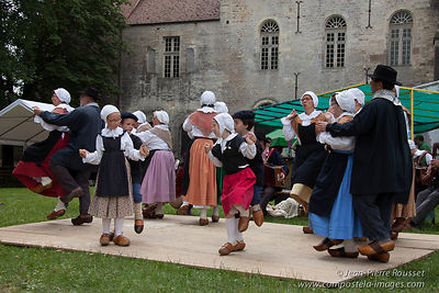 Vezelay: Medieval Feast