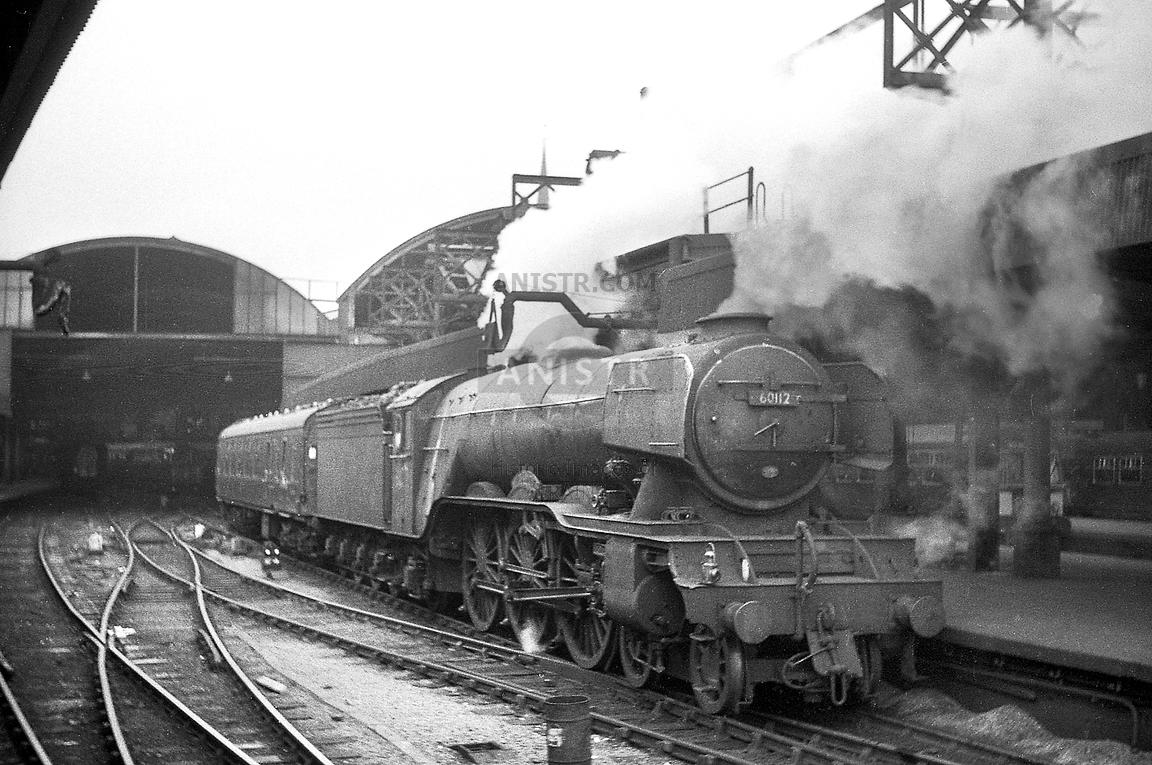 Steam loco A3 60112 Newcastle