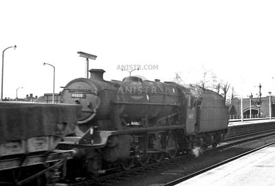 PHOTOS OF STANIER 8F CLASS STEAM LOCOS