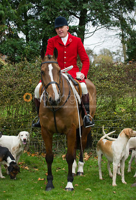 Peter Collins - The Quorn Hunt at John O' Gaunt 9/11/12