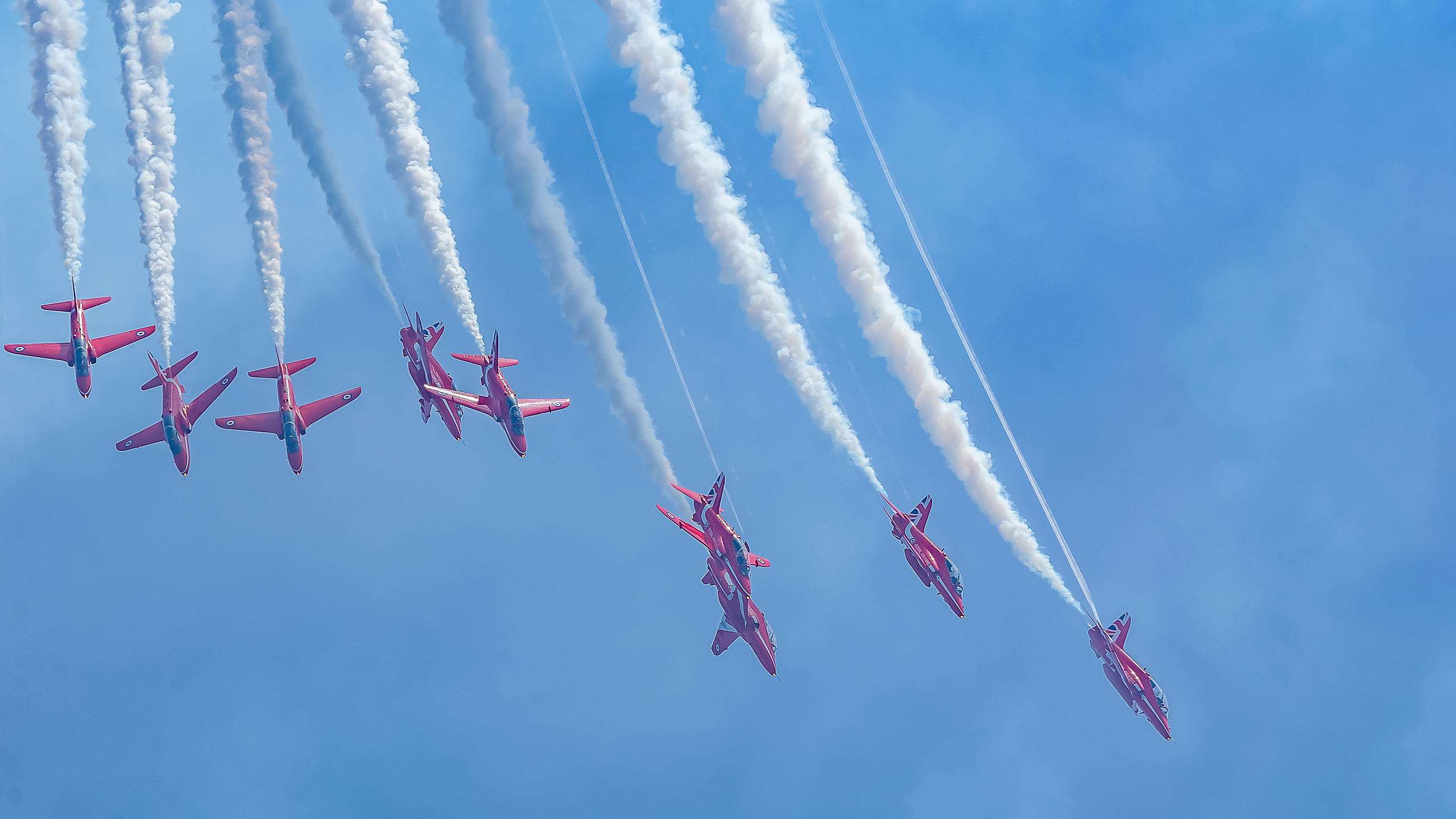 Red Arrows Spectacular Flight