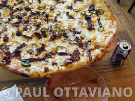 Pizza Done Right on Hwy 62 | Paul Ottaviano Photography