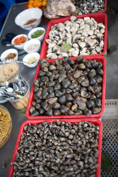 Cockles and mussels, in Cau Go Market