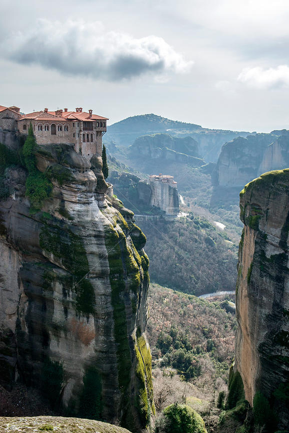 The Holy Monastery of Varlaam, built in 1541. Meteora Rock Monasteries UNESCO World Heritage Site Kalambaka, Thessaly Region,...