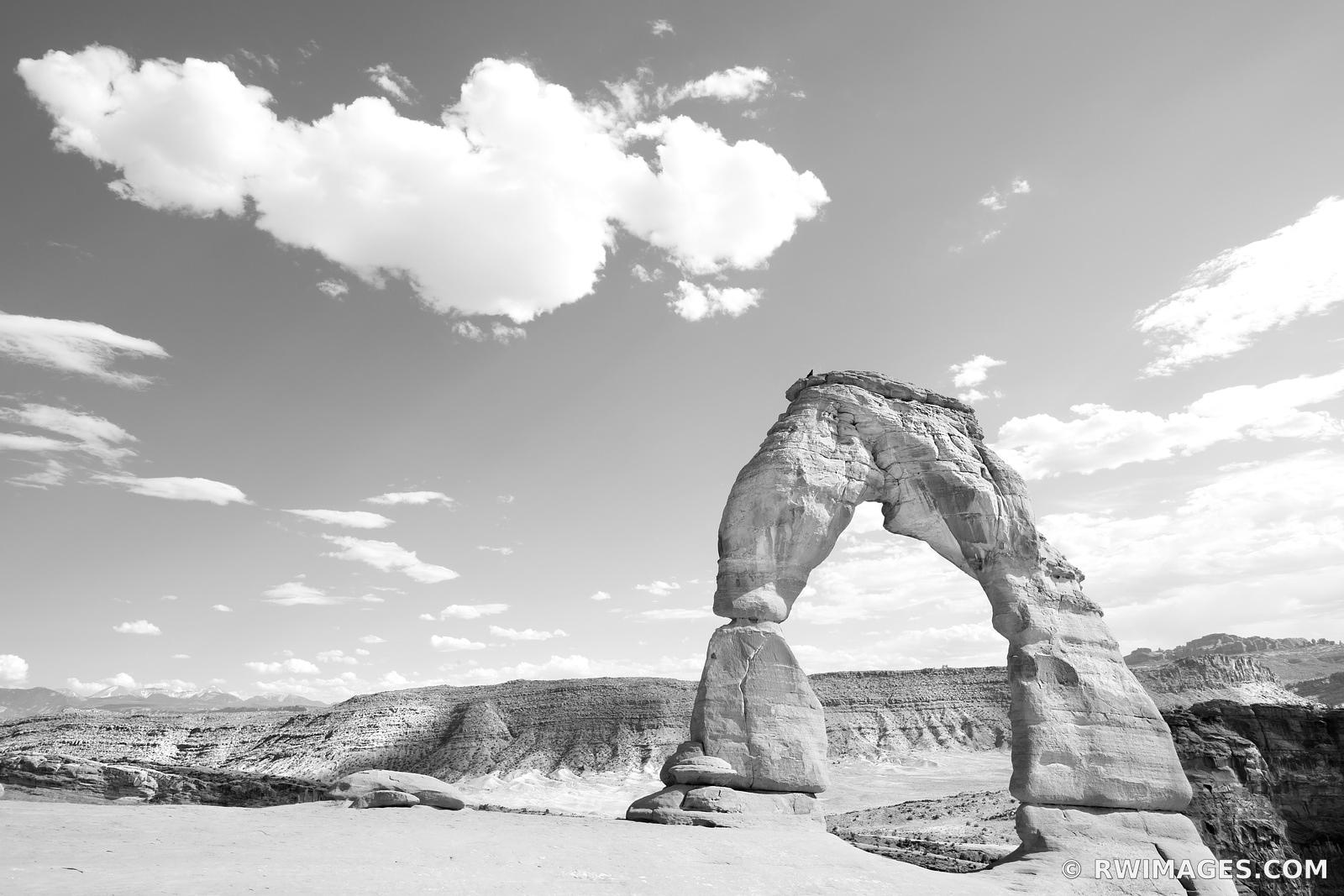 DELICATE ARCH ARCHES NATIONAL PARK UTAH BLACK AND WHITE HORIZONTAL
