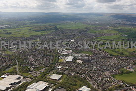 Oldham wide angle aerial photograph of Shaw Lane Royton showing the housing estates and industrial areas of Royton