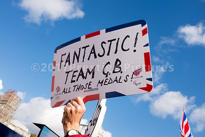 Sign Congtatulating the Athletes - Fantastic Team GB