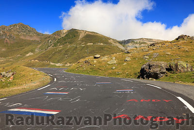 Road to Col du Tourmalet