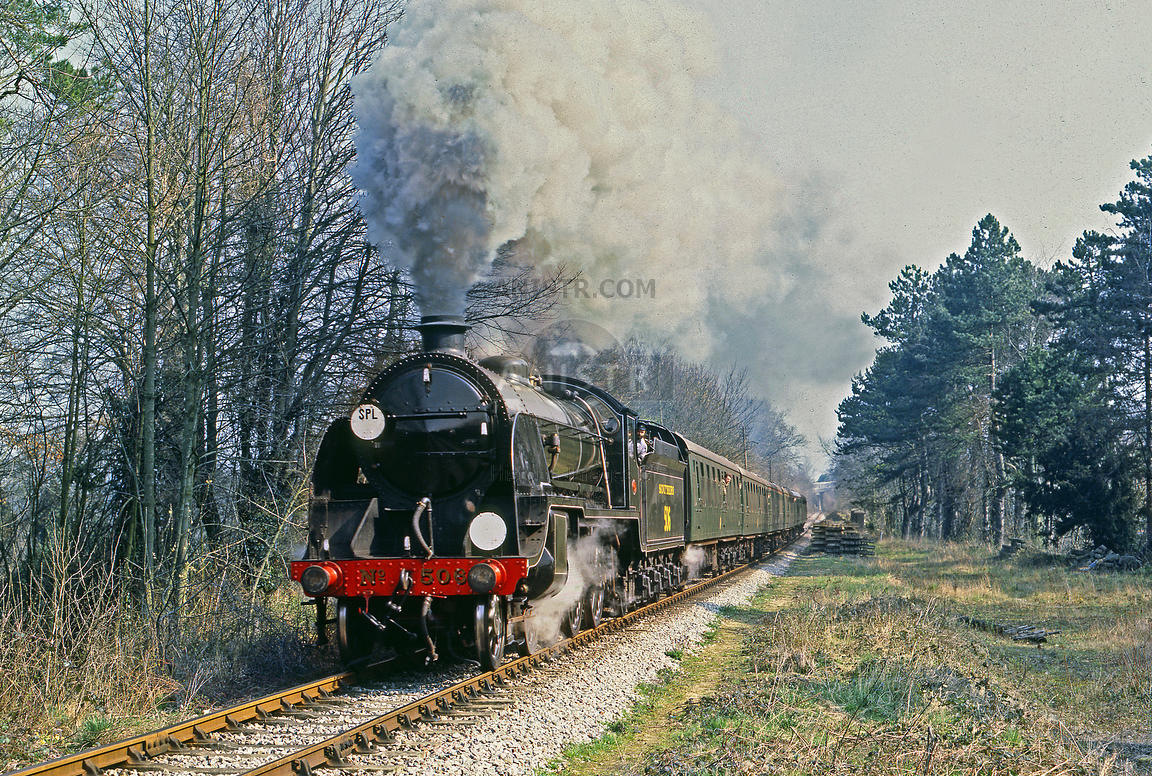 Steam loco S15 506 Alton