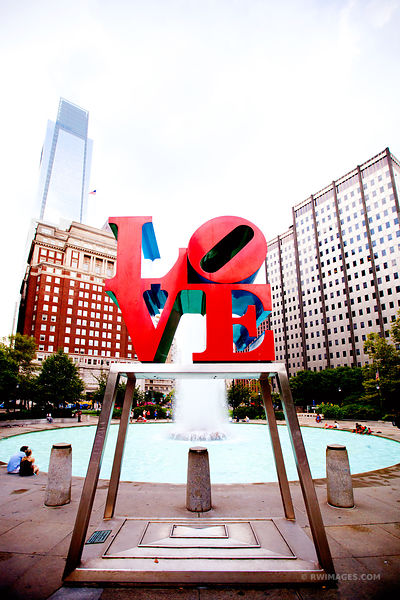 LOVE SIGN PHILADELPHIA