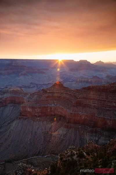 Dramatic sunrise over Mather point, Grand Canyon, USA