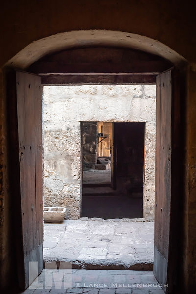 Triple view doorway at Monasterio de Santa Catalina