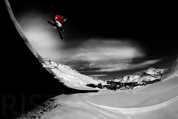 A shot i took from the same spot in 2008 with Freeride World Champion Guerlain Chicherit