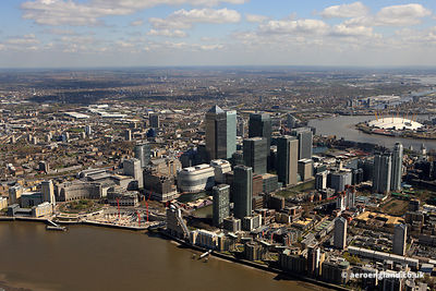 aerial photograph of Canary Wharf  London