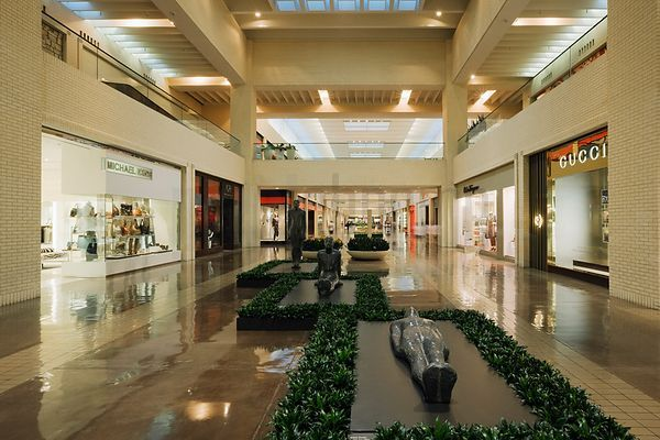 High end retailers at North Park Mall