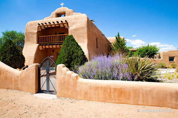 CHURCH ABIQUIU NEW MEXICO NORTHERN NEW MEXICO