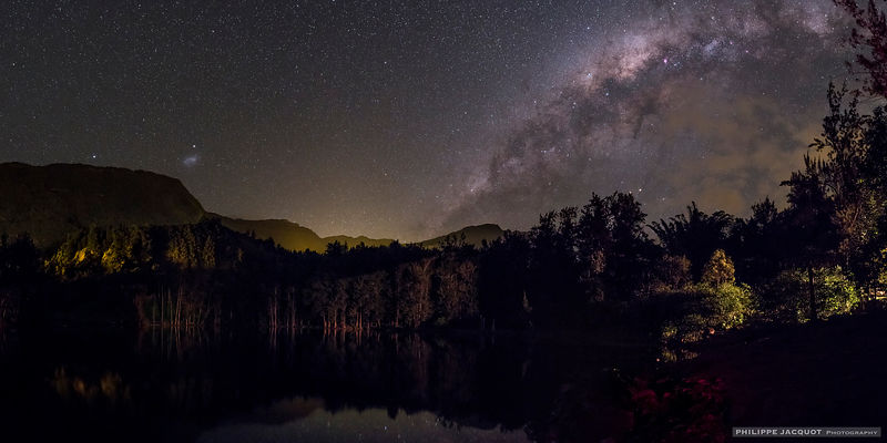 Galaxies in the pond - Reunion Island
