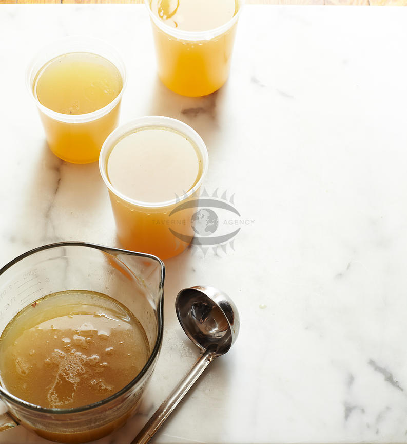 Homemade Chickenstock