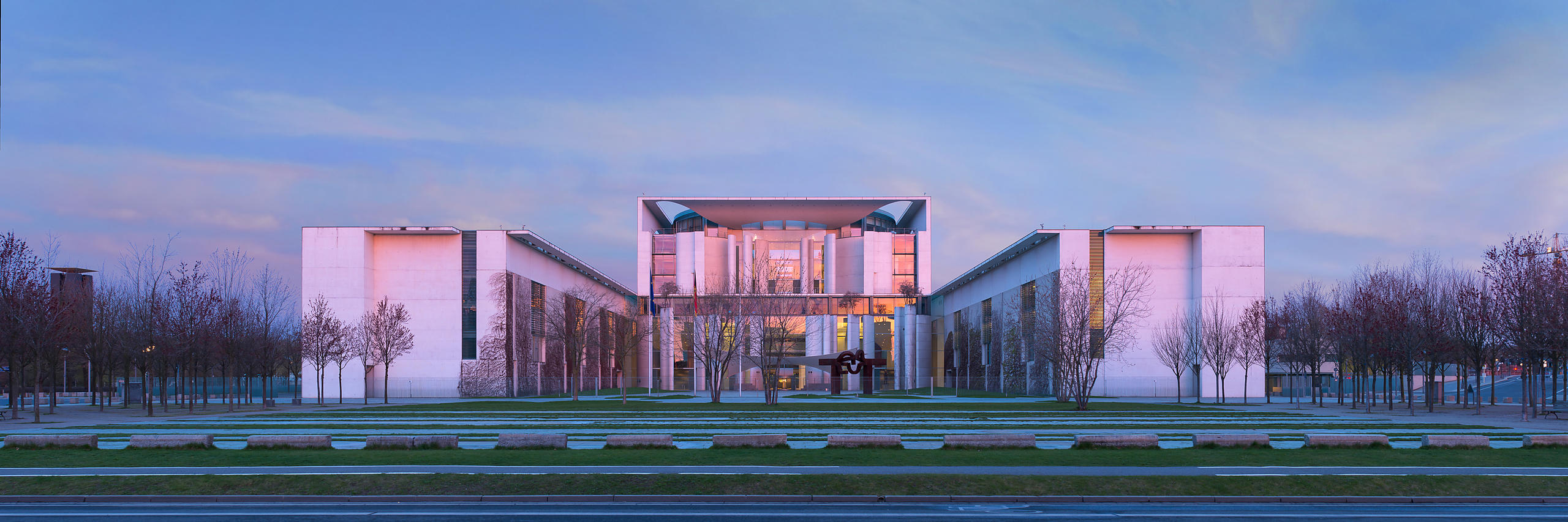 Federal Chancellery - Berlin, Germany | Axel Schultes, Charlotte Frank and Christoph Witt