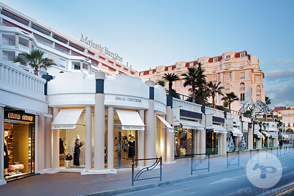 Retail Architecture photographer - Anne Fontaine store, la Croisette, Cannes, France. Photo ©Kristen Pelou