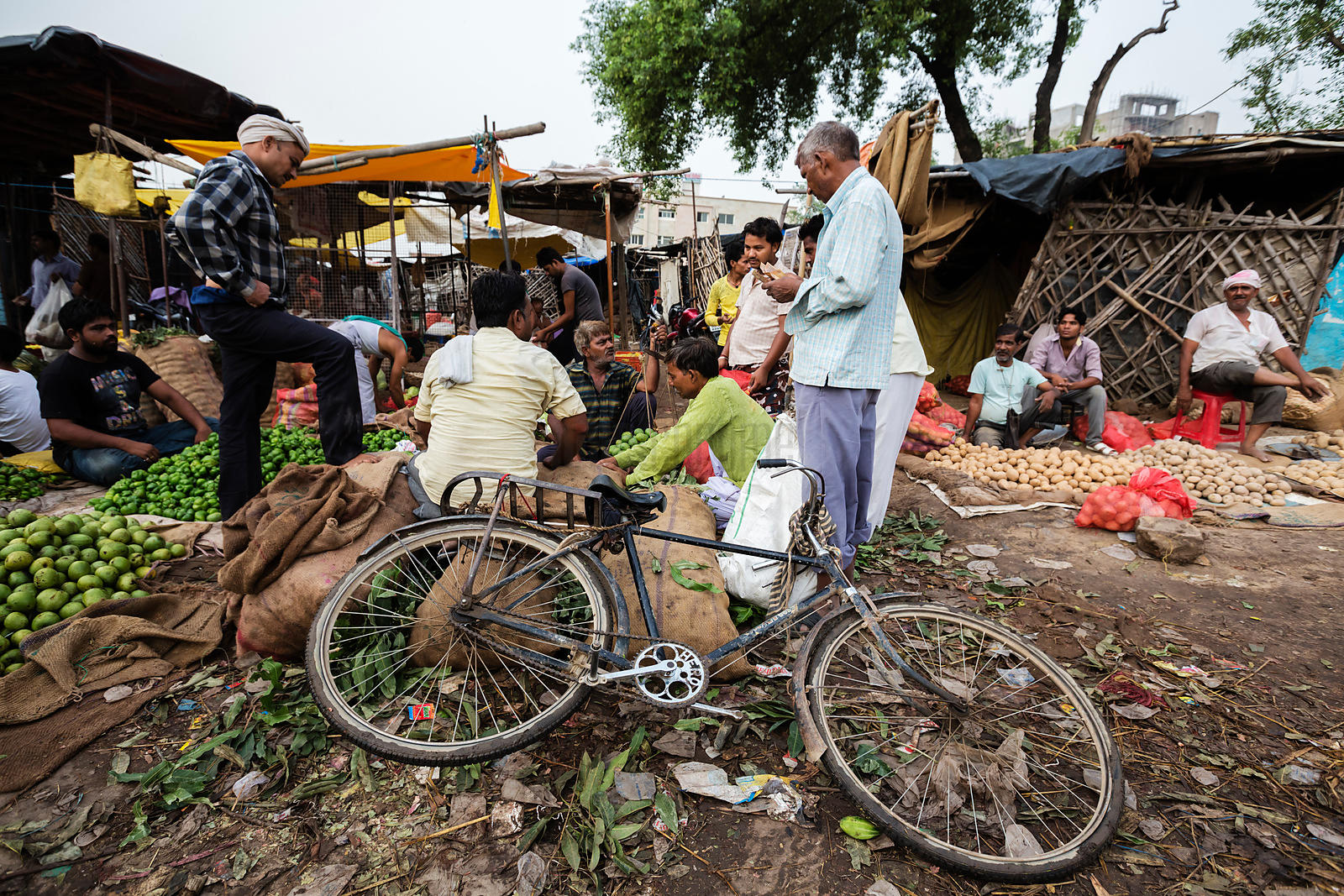 Dealers at the Agra Wholesale Market